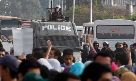 Security forces in new clashes with Al-Azhar University students