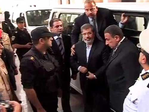 If Morsy is assassinated, Fahmy is the interim president: MB supporters said
