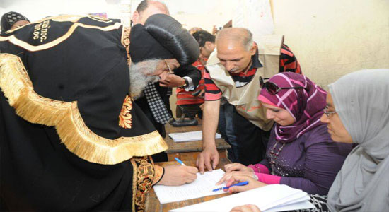 Pope Tawadros cast his vote in the presidential elections