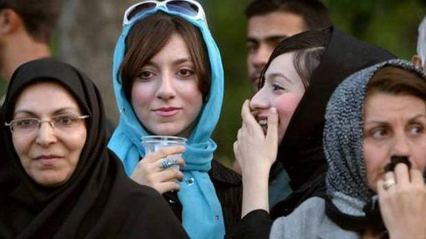 'Bad hijab' link to acid attacks on Iranian women