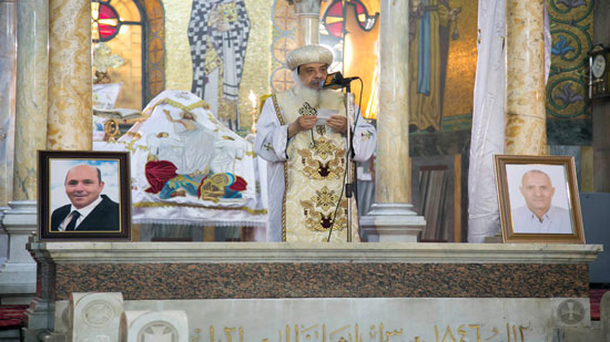Bishop Daniel holds memorial service for victims of Egyptian airplane