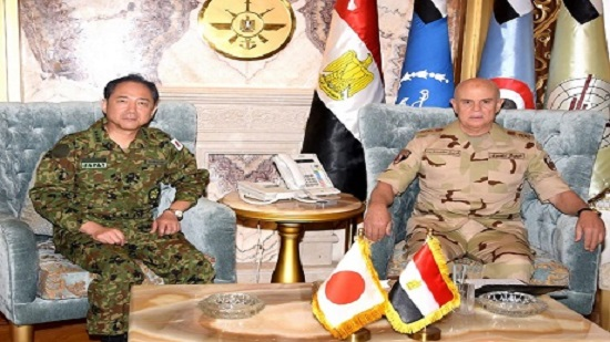 Egypts army chief-of-staff meets Japanese Self-Defense Forces chief in Cairo