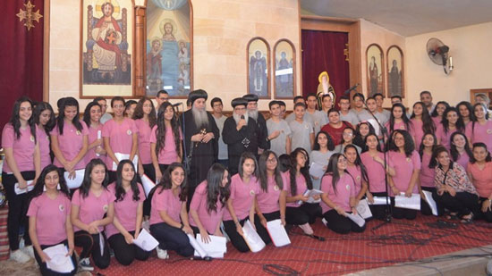 Minya diocese distribute cups of the Keraza festival