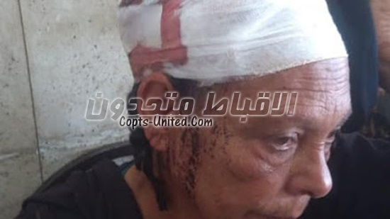 A thug attack a Coptic family in Minya