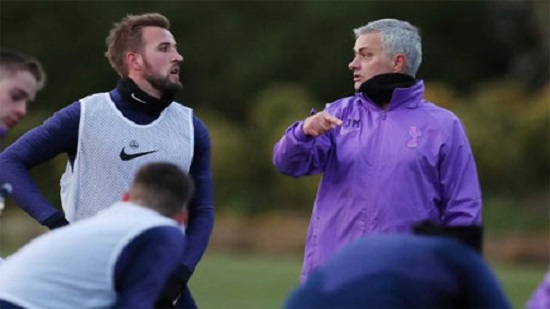 Jose Mourinho brings passion to task of reviving Tottenham