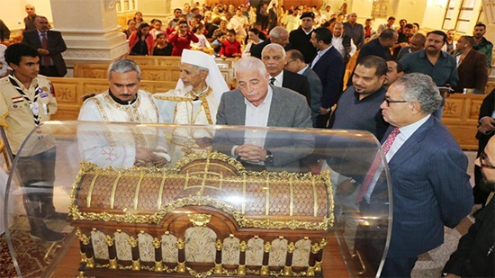 Governor o of Southern Sinai visits the remains of St. Teresa for blessing