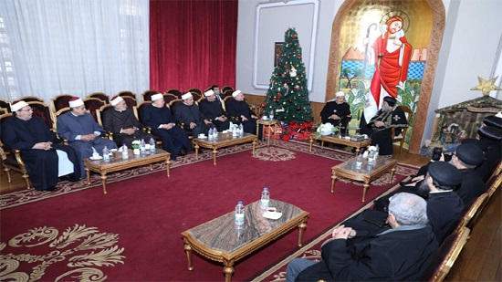 Egypt s leading Islamic figures visit Pope Tawadros ahead of Christmas celebrations