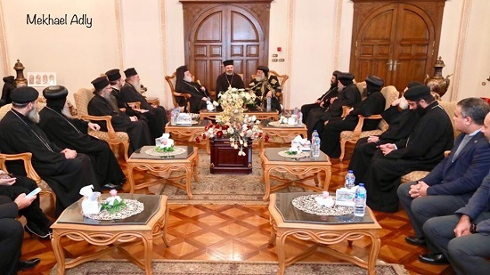 Pope Tawadros receives the Greek Orthodox Patriarch in Alexandria