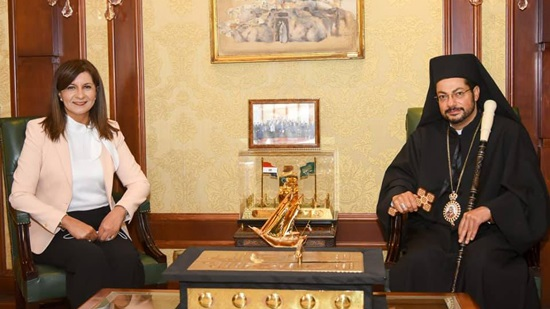 The Minister of Immigration receives Bishop Bakhoum to discuss cooperation