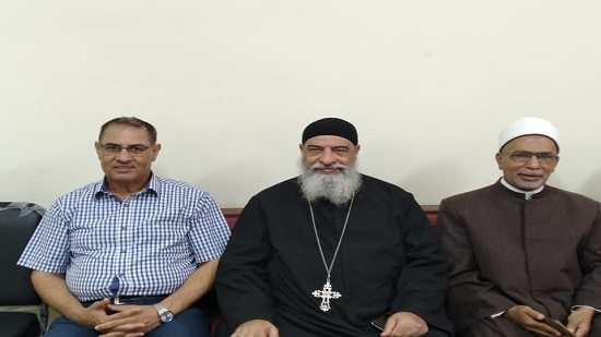 Coptic priest celebrates the feast of Islamic Prophet with Muslim Clergy