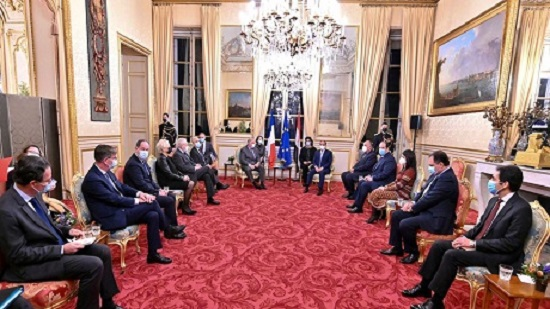 Egypts Sisi shares views on Mediterranean, Mid-East issues in Paris