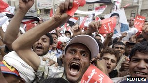 Yemen's President Saleh 'negotiating' departure
