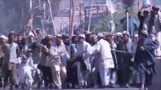 Afghanistan: Kandahar protest at Koran burning