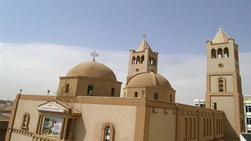 Fanatics besiege St. Mary Church in Minya, insult army, police, and church