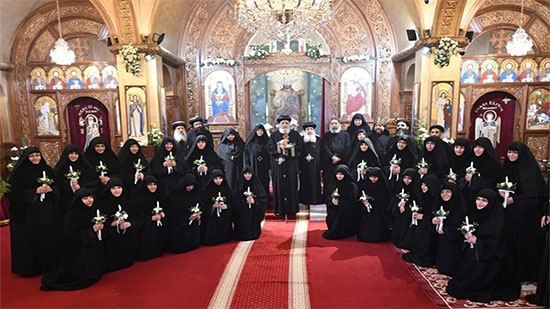 Pope Tawadros asks new nuns to keep their vows
